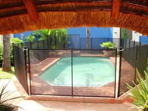 Pool safety fence ZA.